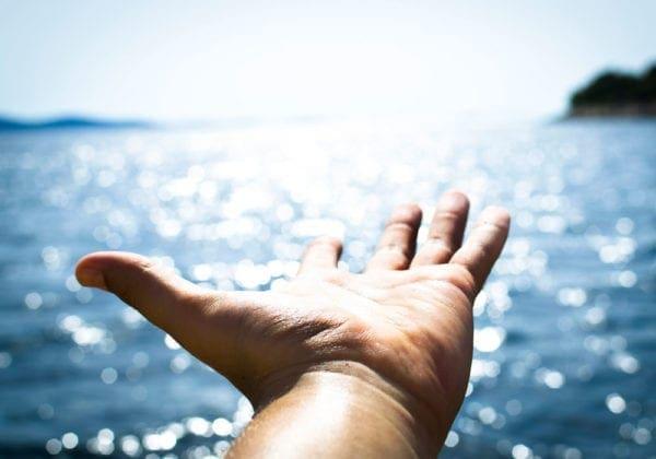 Le 25 più belle immagini con frasi sul mare