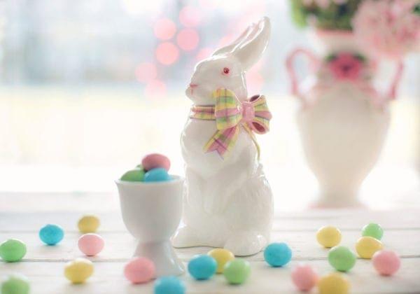 Immagini con frasi di auguri per la Pasqua: le 50 più belle e divertenti