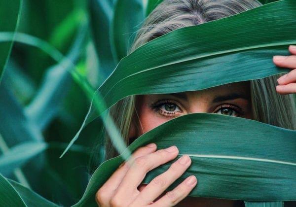 Le 45 più belle frasi in Inglese sugli Occhi e lo Sguardo (con traduzione)