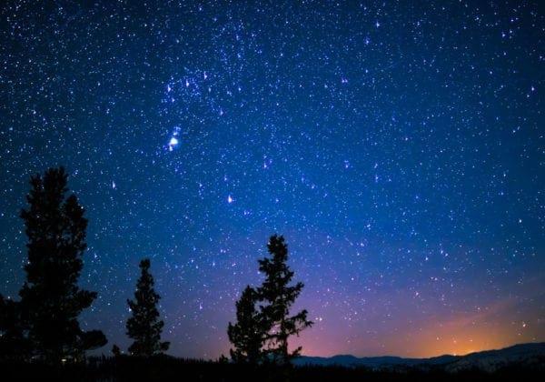 La Credenza Traduzione In Inglese : Frasi su dio in inglese le più belle e spirituali con traduzione