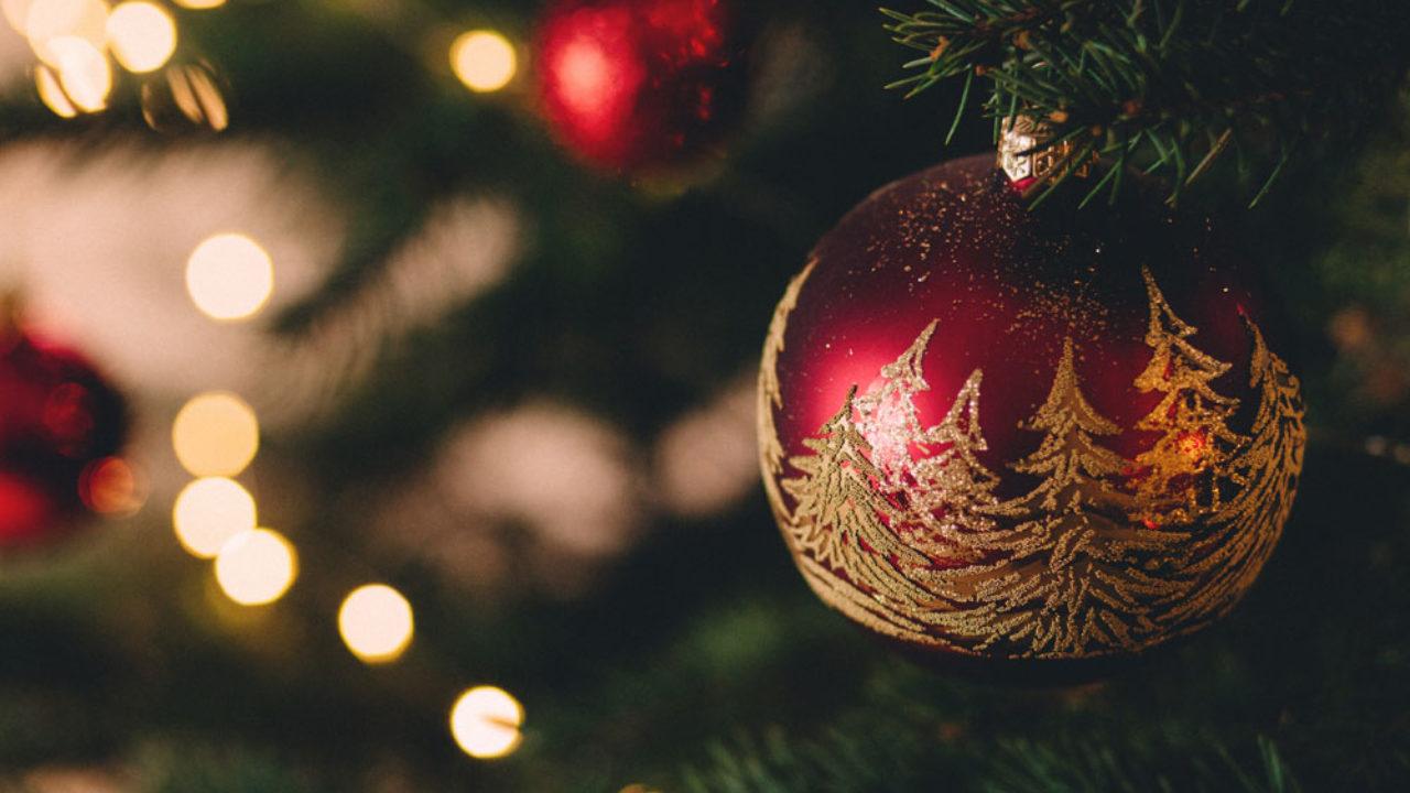 Gli Auguri Di Natale Quando Si Fanno.Auguri Di Natale In Francese Le 25 Frasi Piu Belle Con Traduzione