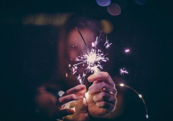 Auguri di Buon Anno in Francese: le 25 frasi più belle (con traduzione)
