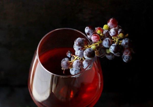 Proverbi sul Vino: i 50 più belli e divertenti