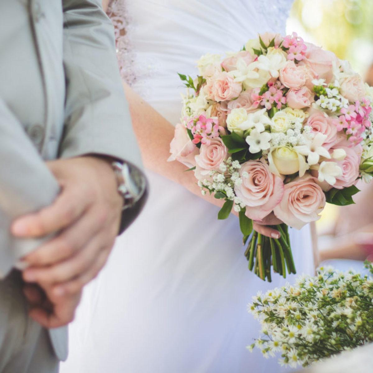 Anniversario Matrimonio 1 Anno.Frasi Di Auguri Per L Anniversario Di Matrimonio Le 50 Piu Dolci