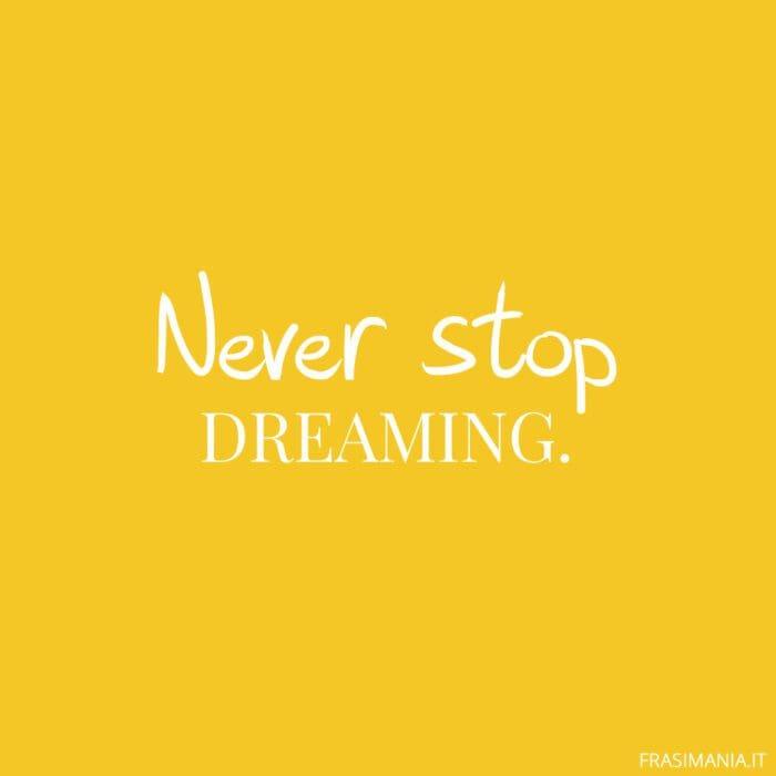 Frasi inglese corte dreaming