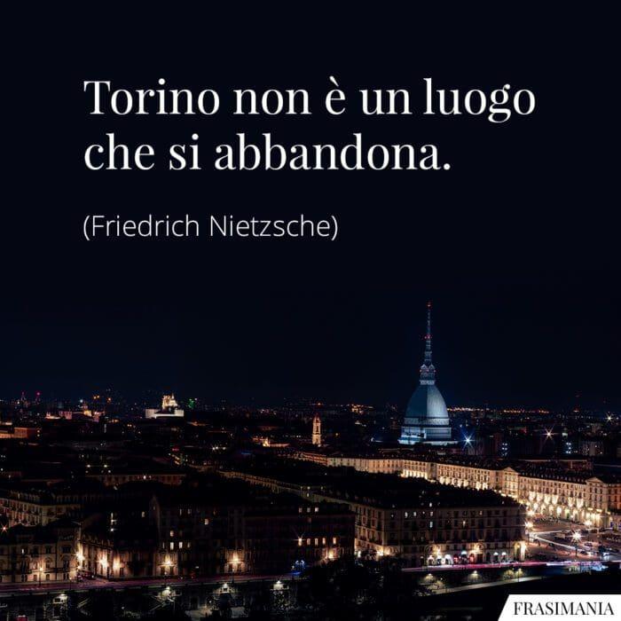 Frasi Torino abbandona Nietzsche