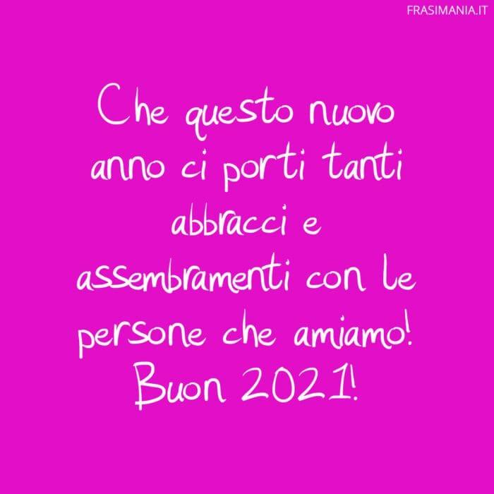 Auguri Buon Anno Covid abbracci