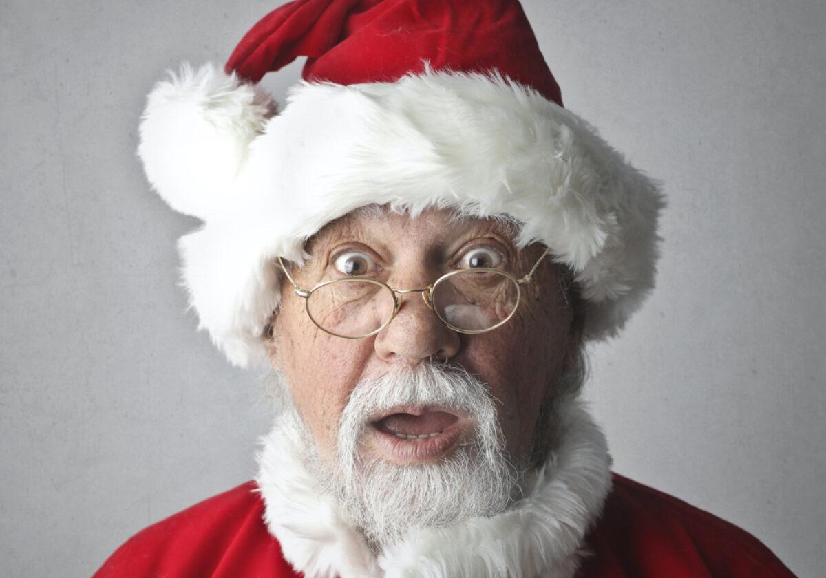 Immagini Natalizie Simpatiche.Auguri Di Natale Divertenti Le 45 Frasi Piu Belle E Simpatiche Con Immagini Frasi Mania